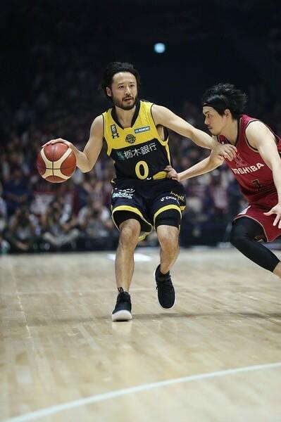 ここ2シーズン怪我に悩まされている田臥選手だが、その闘志は衰えていない