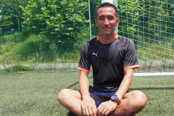 西紀寛はJリーグを離れた後、タイ、沖縄でプレー。引退後のセカンドキャリアで何を思うのか