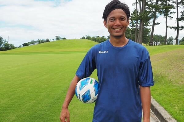 今季から福井ユナイテッドFCでプレーする我那覇和樹。地域リーグでもモチベーションは変わらない