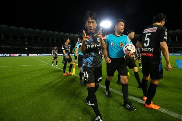 301日ぶりに等々力のピッチに戻ってきた中村憲剛は自ら得点を決め、最高の復帰を飾った