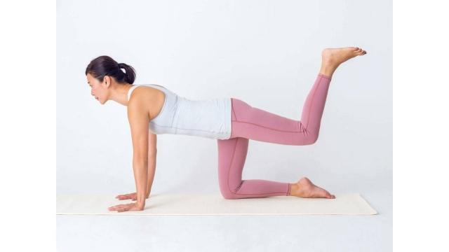 大きく1歩をけり出せる脚力をつけよう|50歳からの苦しくない自重筋トレ