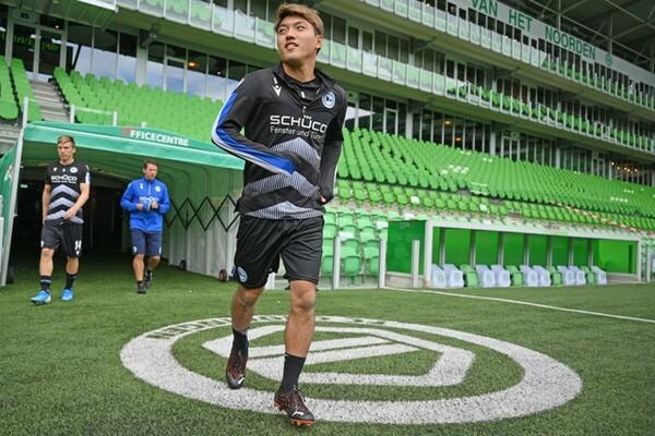 PSVからビーレフェルトに移籍した堂安。新天地で飛躍を期する