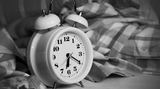 寝る時の体温コントロ寝る時の体温コントロールで睡眠の質を手に入れようールで睡眠の質を手に入れよう