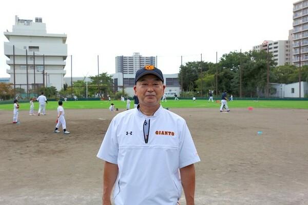 昭和から平成にかけ巨人の主力として活躍し、2006年からは再び巨人のユニホームを着て2軍監督や1軍ヘッドコーチなどを歴任した岡崎郁さん。現在はジャイアンツアカデミーの校長を務める