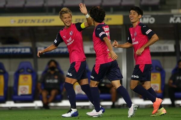 ロティーナ監督率いるC大阪は、サポーターが望むサッカーと勝利の両立を目指す。今季タイトルの獲得なるか
