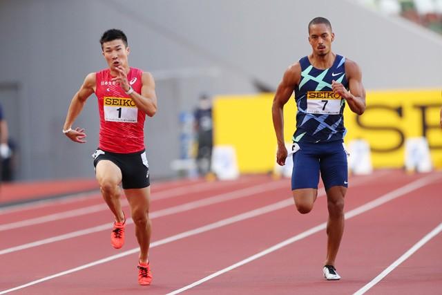 """今年の日本選手権男子100メートルは、日本記録保持者のサニブラウンが不参加。優勝争いは桐生(左)とケンブリッジ(右)の""""2強""""対決か"""