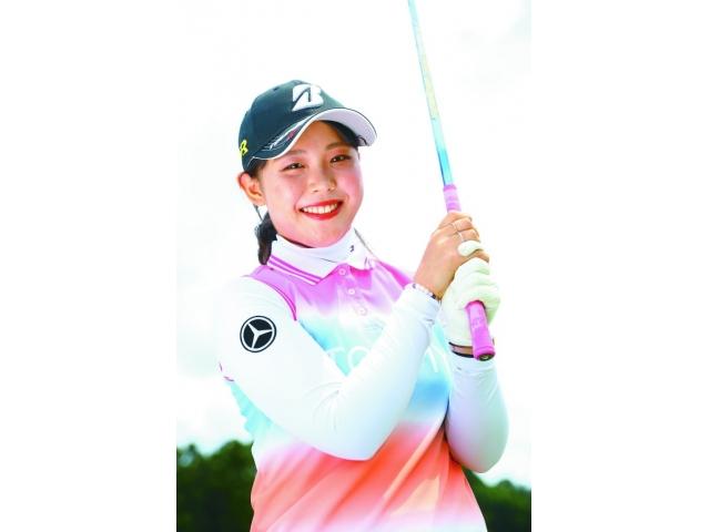 【吉田優利プロが女性ゴルファーに教えてくれる】下半身リードで10ヤードアップ!【低重心でリラックス】