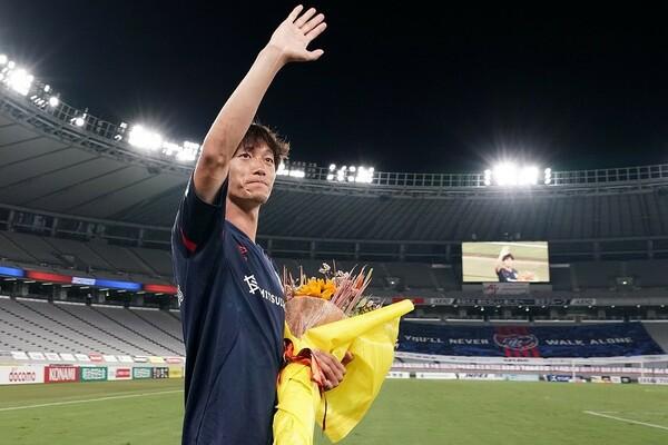 FC東京は「本当に素晴らしいクラブ」と何度も口にしていた室屋。心残りはタイトルを獲得できなかった事だと言うが、近い将来タイトルをつかみとれると語った