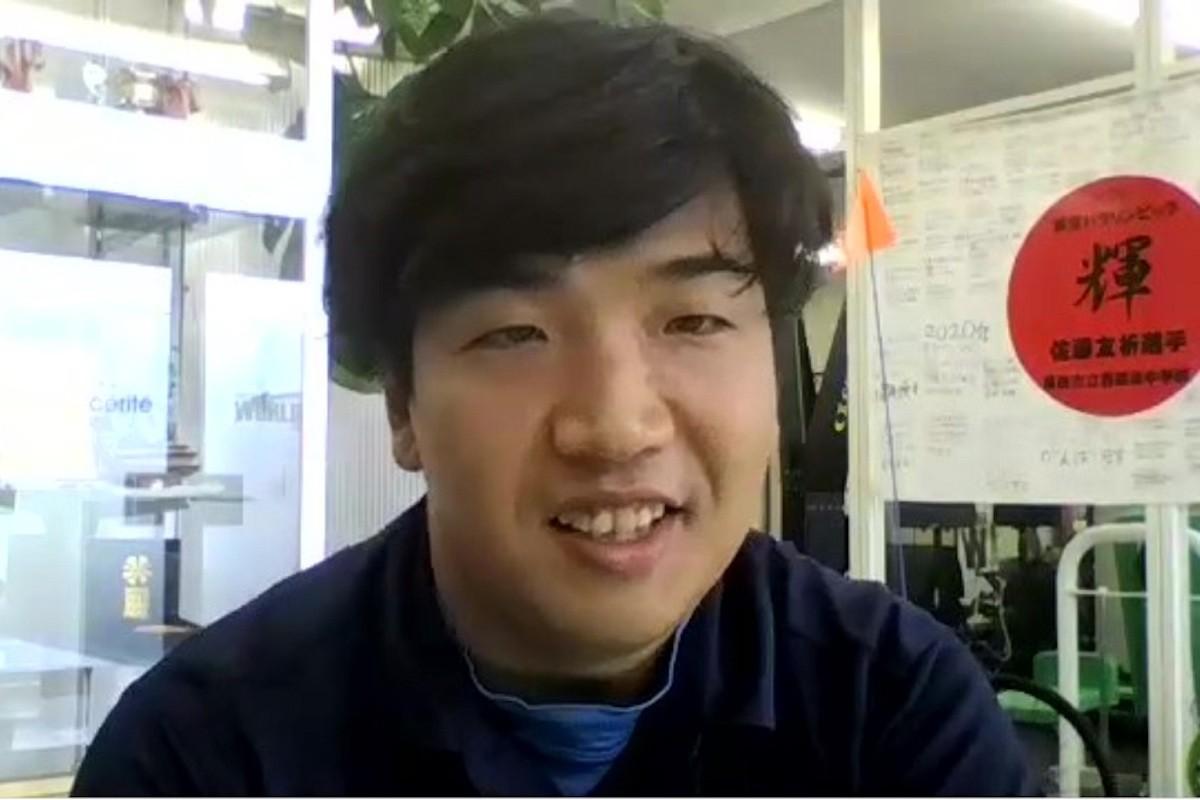 オンライン取材では飾らない笑顔を見せてくれた佐藤だが、競技になると表情が一変する。物事に没頭する力は囲碁で鍛えられたそうだ