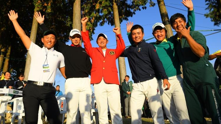 昨年大会は、金谷さんの優勝を祝福しました(赤ブレザーの金谷の左隣が中島さん)