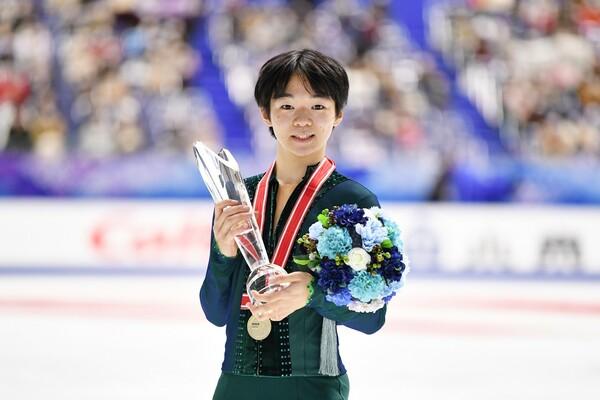 初出場のGPシリーズ・NHK杯で優勝した鍵山