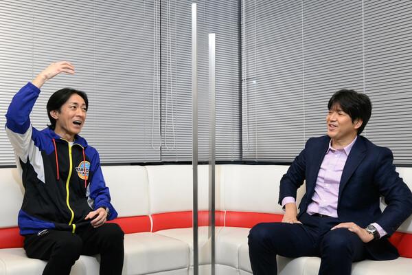 矢部さんと名波さんは同じMFとあってサッカー観が似ているという。トークの掛け合いも絶妙だ