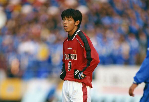 田原は99年度の78回大会で1つ先輩の松井大輔(現サイゴンFC)と強力2トップを形成し、チームを決勝まで導くなど強烈なインパクトを残した