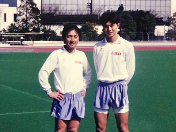 92年度の第71回大会で得点王になった江原淳史(写真右)。長身に甘いルックスでも注目を集めた