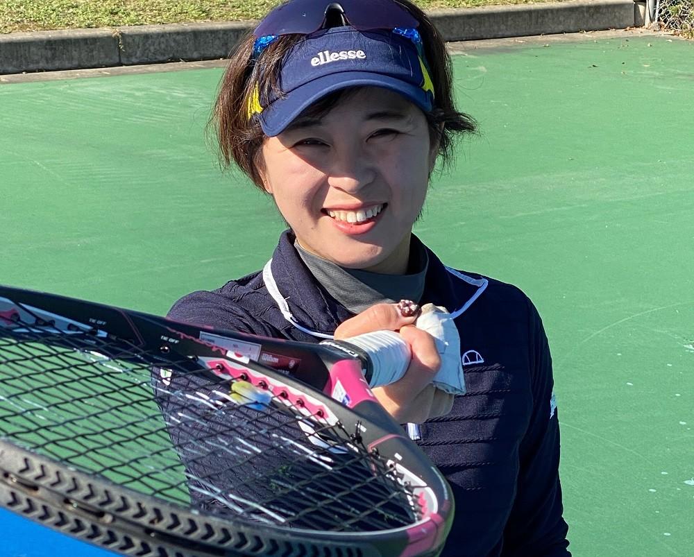 2020年のテニス四大大会・全仏オープン車いすの部女子シングルスで準優勝した大谷桃子が、競技の魅力と東京パラリンピックへの思いを語った