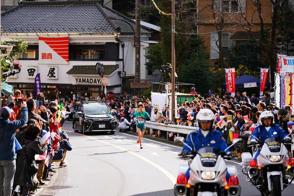 新型コロナウイルス感染拡大の影響で、応援自粛が呼びかけられている箱根駅伝。名物である箱根・宮ノ下の応援イベントの対応を主催者に聞いた