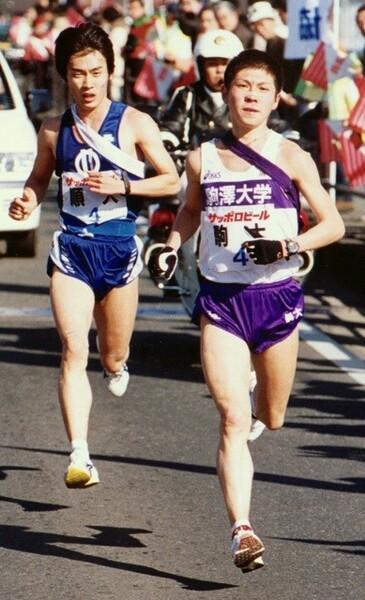 長距離では学生界のエースとして君臨していた駒澤大・藤田敦史(右)