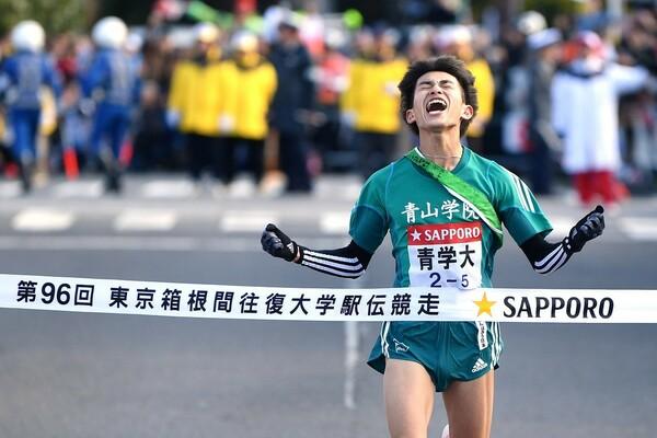 前回は往路を制した青山学院大がそのまま総合優勝に輝いた(写真は5区を走った飯田)