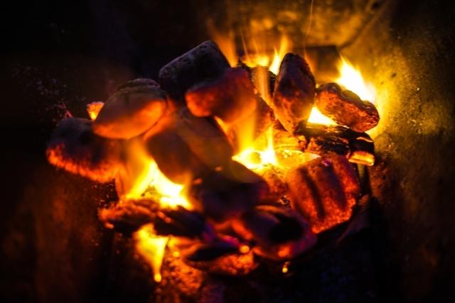 【アウトドアで得られるもの】キャンプで火育