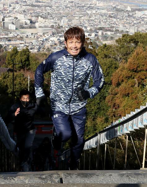 例年以上にランニング系のメニューを多くこなし、西戸崎にある大嶽神社だけでなく久留米でも階段上りのトレーニングを行った