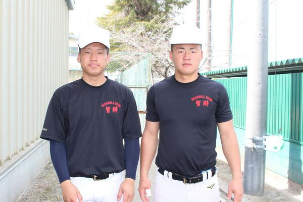 智弁学園の山下陽輔主将(左)と前川右京。初戦の大阪桐蔭戦で絶対に勝たないといけない理由とは?