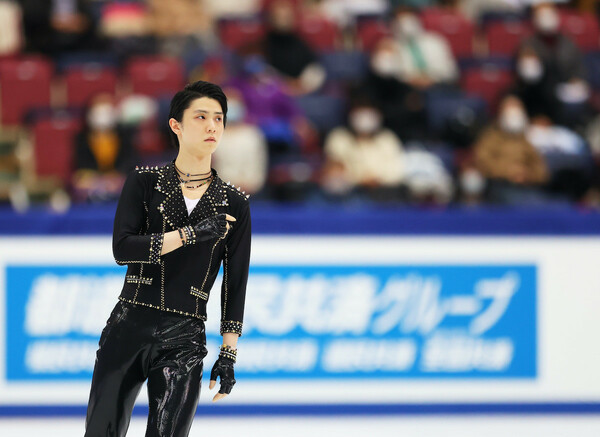 世界選手権の男子シングルには、日本代表として、羽生結弦、宇野昌磨、鍵山優真の3名が出場する