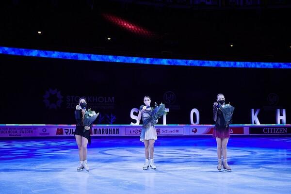 今大会はロシア勢が表彰台を独占。優勝したシェルバコワ(中央)をはじめ、三者三様の強さを見せた
