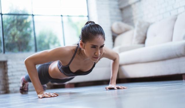 宅トレで無理なくダイエットを成功させよう! おすすめのトレーニング方法もご紹介