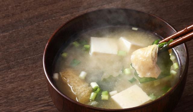 ヨーグルト味噌汁で乳酸菌をダブル摂取! 効果やメリットと管理栄養士おすすめの簡単レシピをご紹介
