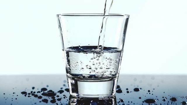身体の○%は水分!?水分補給の重要性