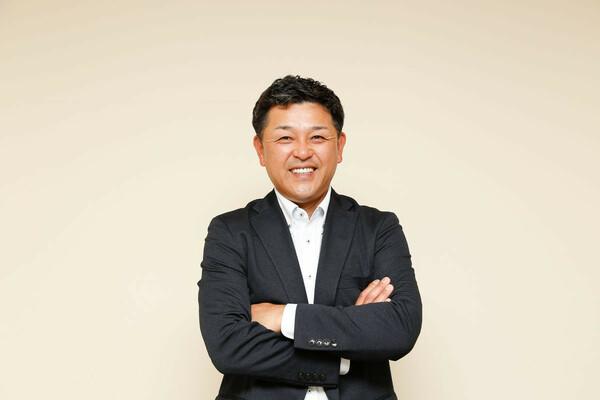 通算3021試合出場の日本記録を持つ谷繁元信。横浜スタジアムでのナイター中継前に取材に応じてくれた
