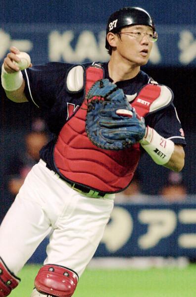 93年には年間盗塁阻止率.644の日本記録を樹立した古田。その強みとは?
