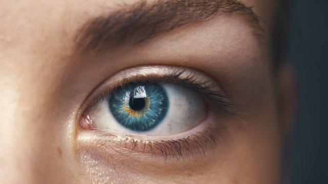 これって眼精疲労?疲れ目の原因と対処法