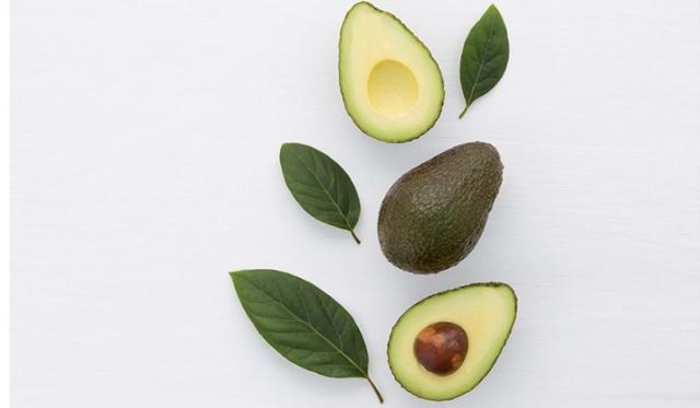 女性にうれしい効果が期待できるアボカドの栄養素とは?美肌効果やダイエットサポートにも!?
