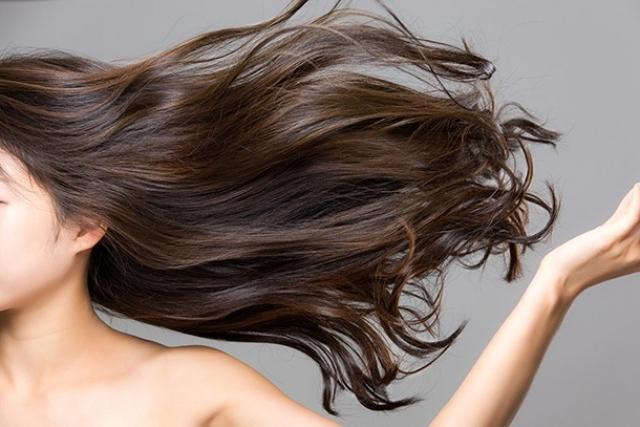 内側から「美髪」をつくるコツ&栄養素!筋トレも実は効果アリ!?