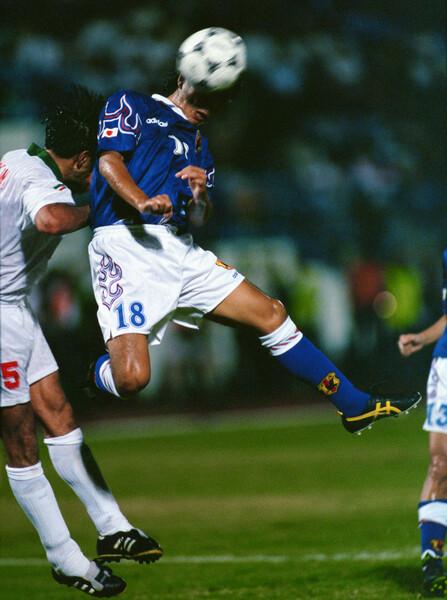 98年フランスW杯出場を懸けたイランとのアジア第3代表決定戦。城氏は武器である高さを生かしたヘディングシュートで同点弾を決め、「ジョホールバルの歓喜」を呼び込んだ