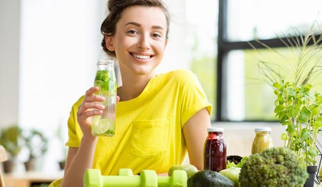夏バテ予防のポイントとは? おすすめの食材や飲み物とあわせてご紹介