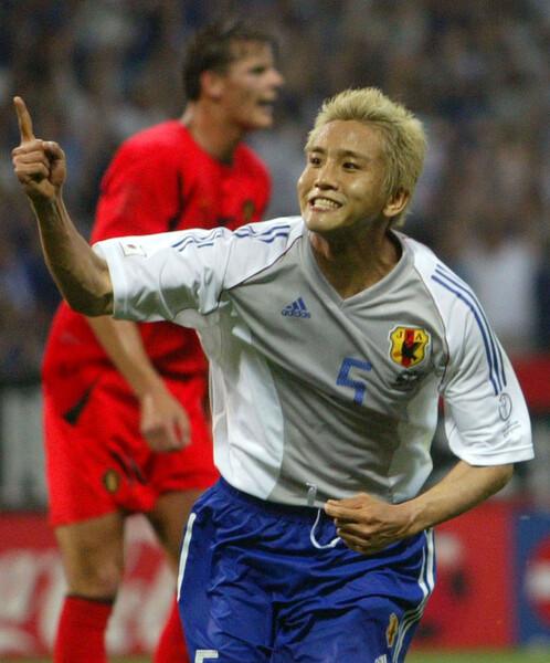 02年日韓W杯では2ゴールと大活躍。あれから19年、ベスト16の壁を突破することを稲本も期待している