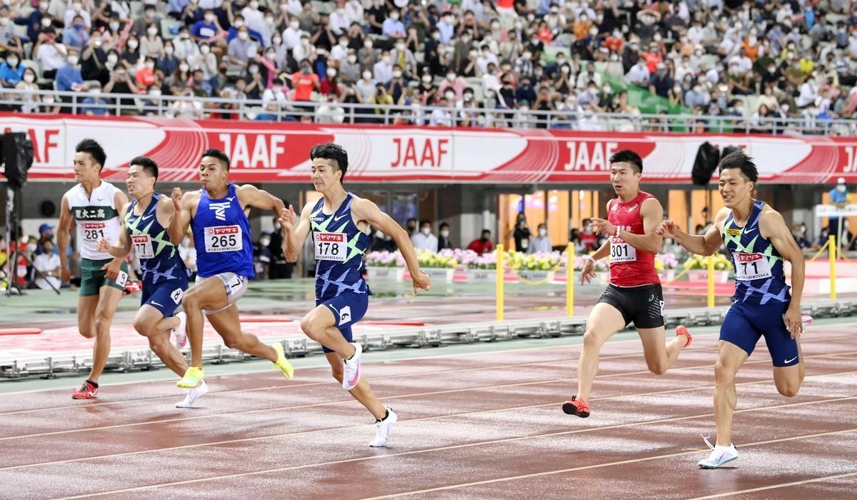 過去最高のレベルと緊張感の中で行われた決勝を制したのは多田(右から3番目)だった