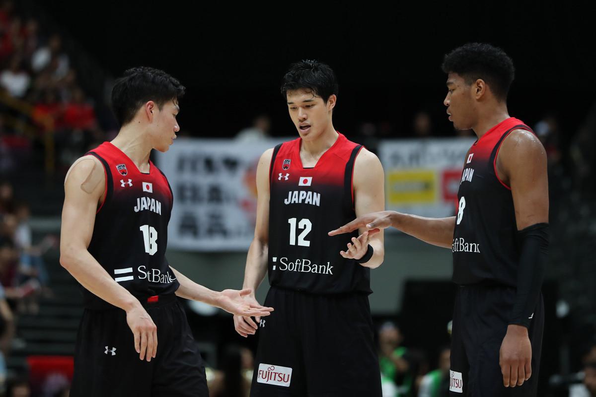「世界レベルのアスリート」と佐々木さんが評する(写真左から)馬場、渡邊、八村を中核に据える男子日本代表。五輪では、どんな陣容になるのだろうか(写真は2019年W杯の時のもの)