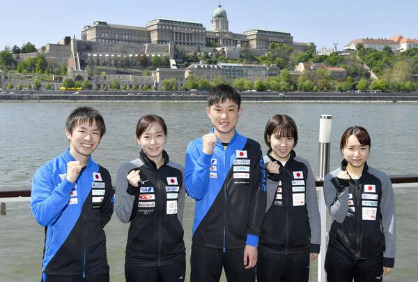 歴代最強と言っても差し支えない卓球日本代表チーム。打倒・中国を果たしての金メダル獲得はなるか(写真は2019年世界卓球)