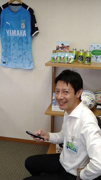 磐田市の草地博昭市長。防災に前向きで自ら模試を受験。クラブと地元行政との普段からの連携がうかがえる