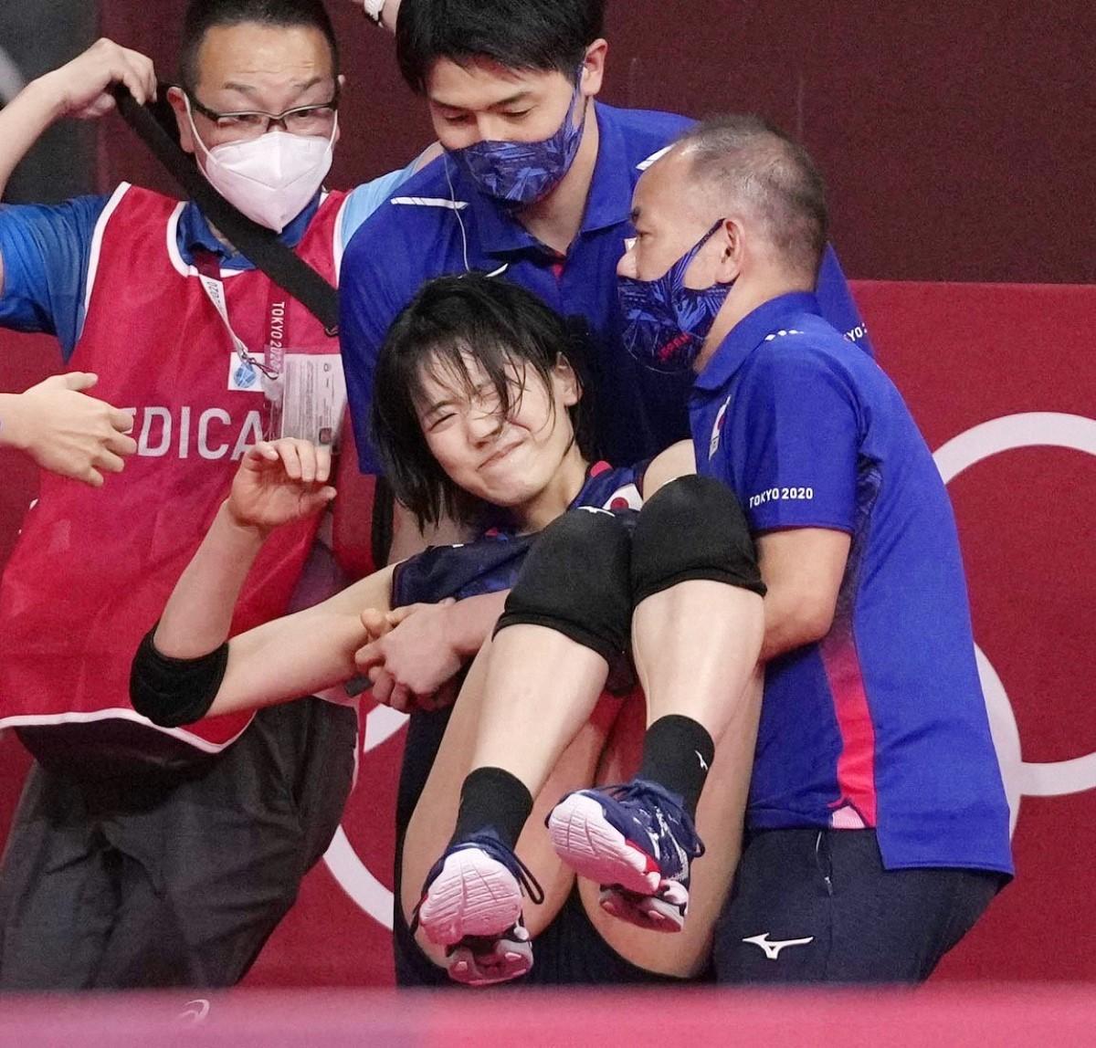 気掛かりなのが負傷退場した古賀の状態だ。このまま離脱という事態になれば、日本は中心選手のひとりを欠いた状態で残りの試合を戦わなければならない