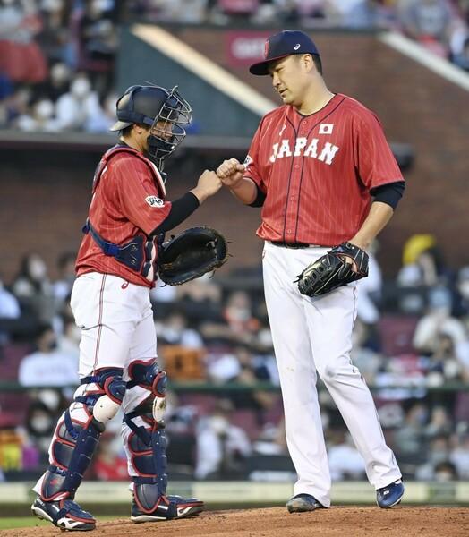 五輪でのリリーフ投手選考について懸念を持つ藤川氏は「田中将大(右)のリリーフ起用」を提案した