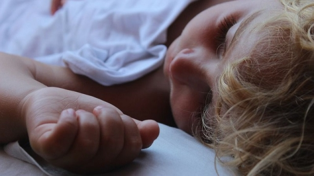 休日の寝だめ! いつも睡眠不足気味だと感じているあなた。
