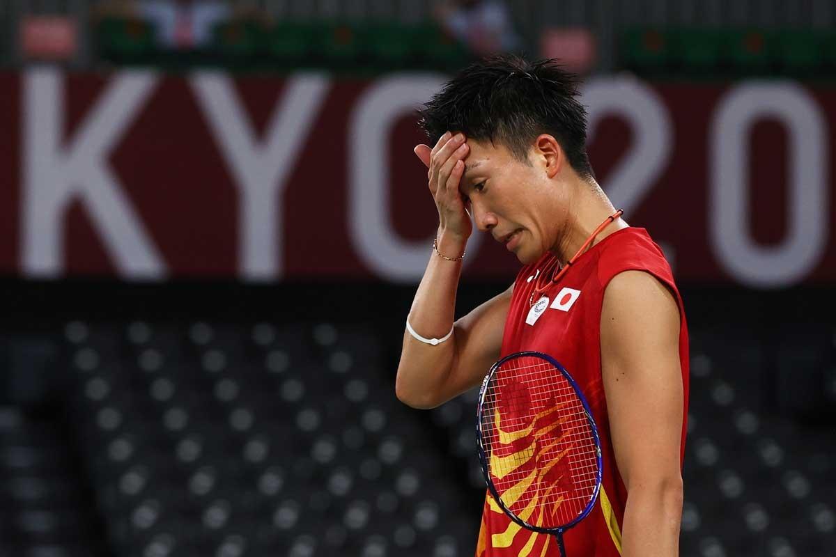 金メダルが期待された桃田賢斗はまさかの予選ラウンド敗退。チームに動揺が走り、続く選手のプレッシャーになったか