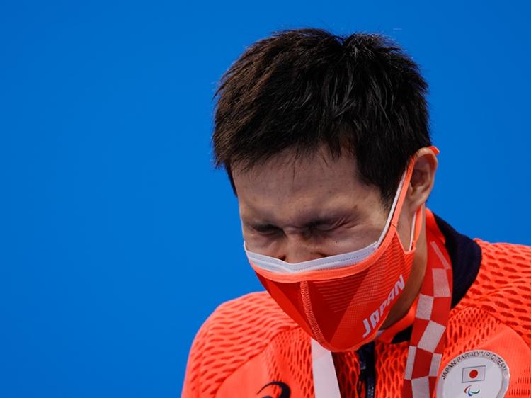 「僕が唯一、金メダルを獲ったんだって、認識できる時間だなって思うと、ここは(涙を)我慢しなくていいかもしれないと思った」(木村)