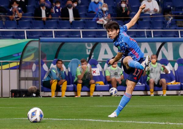 田中碧は前半8分に右足を振りぬいてゴール左隅に流し込み、日本に先制点をもたらした